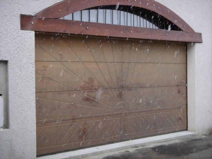 Portes de garage grolla verre sas - Encadrement porte de garage ...